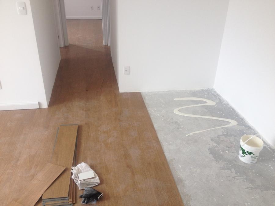 Quando escolher um piso vin lico para uma constru o - Piso vinilico sobre ceramica ...