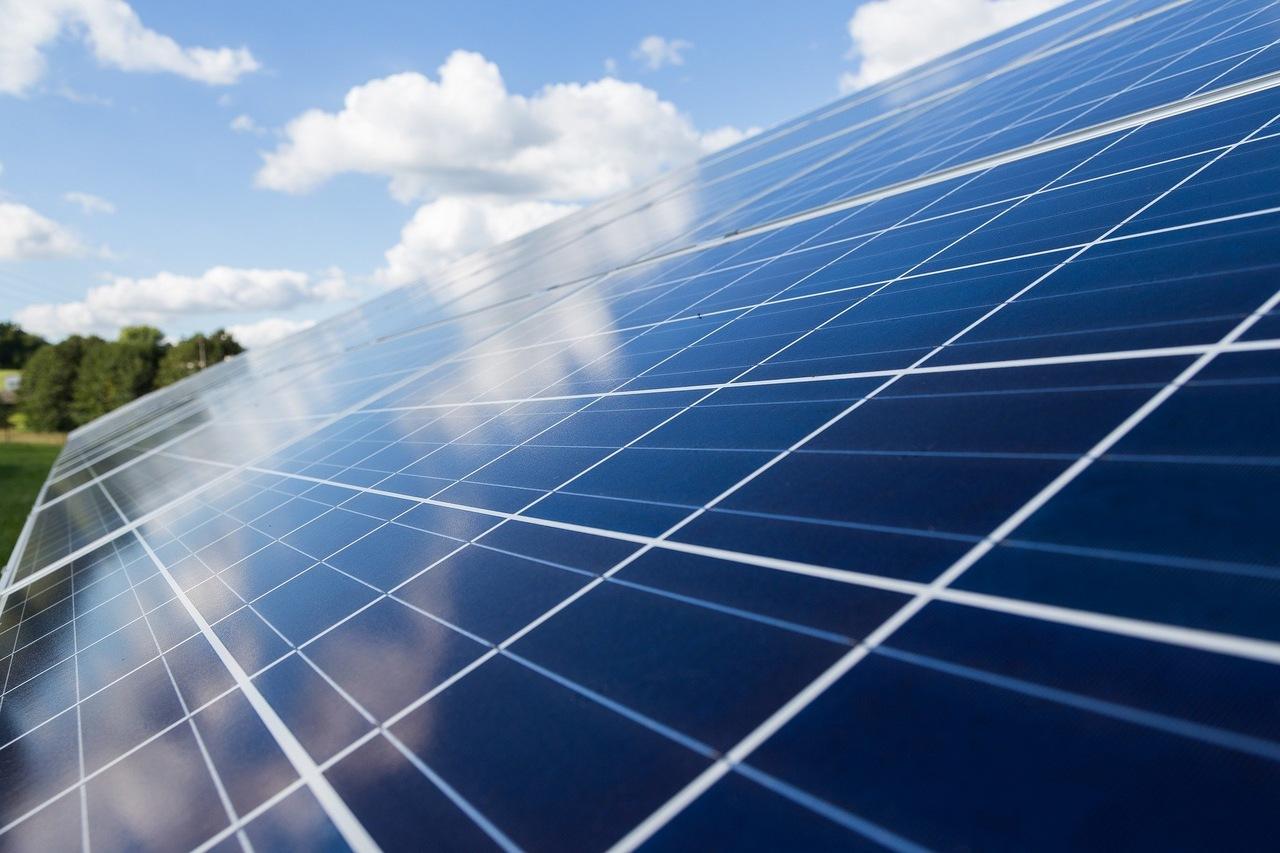 ceu-energia-solar-em-dias-nublados